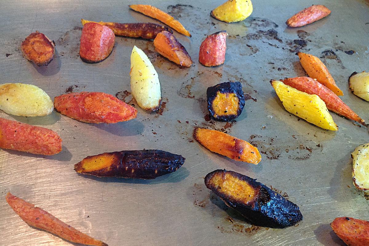 Easy Roasted Rainbow Carrots