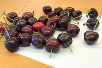 Organic Dark Sweet Cherries