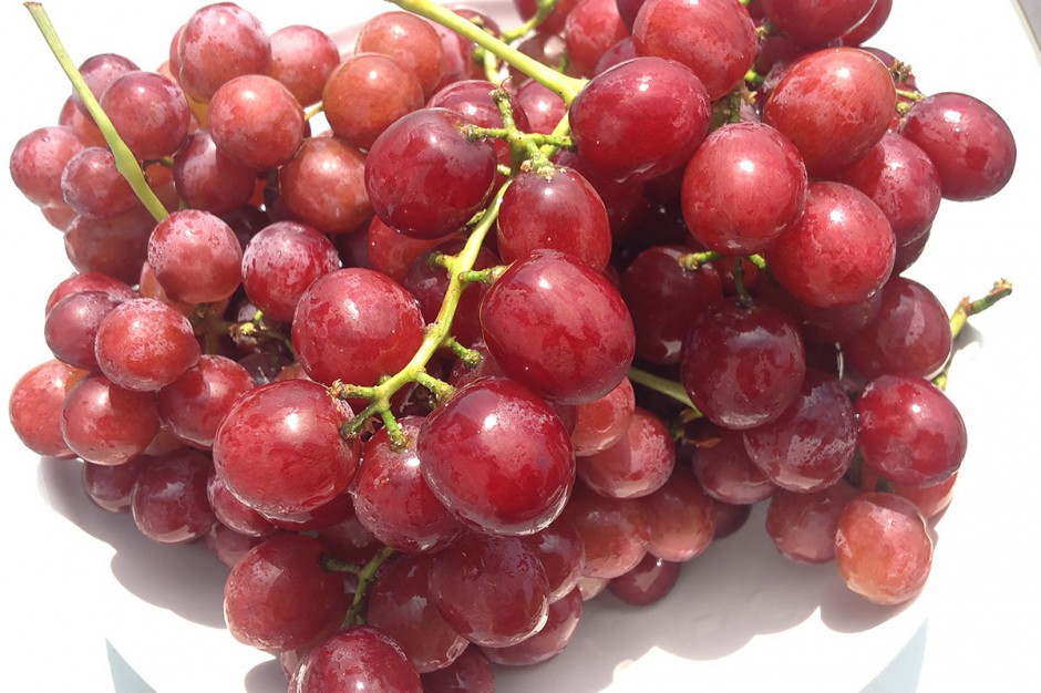 Organic Red Flame Seedless Grapes